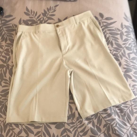 Other - Izod Golf shorts